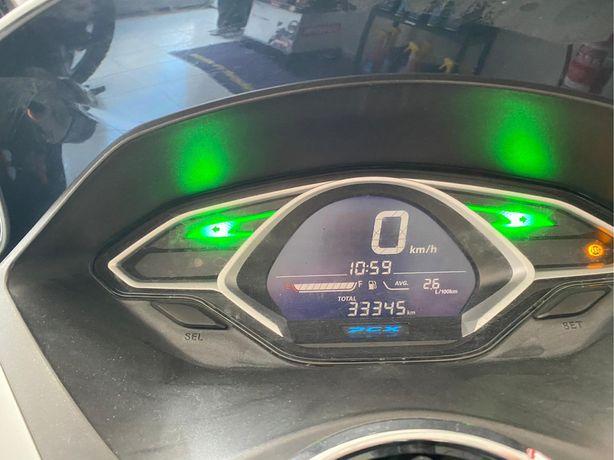 Aluguer de motorizadas Honda PCX