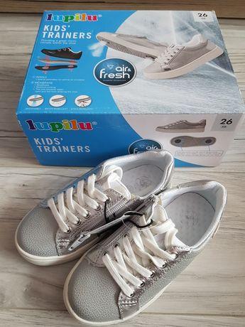 Nowe buty dziewczęce r 26