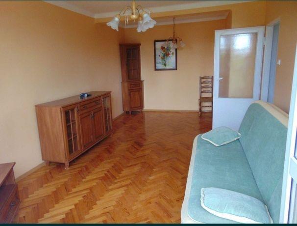 Wynajmę mieszkanie 2 pokoje z balkonem blisko Emki