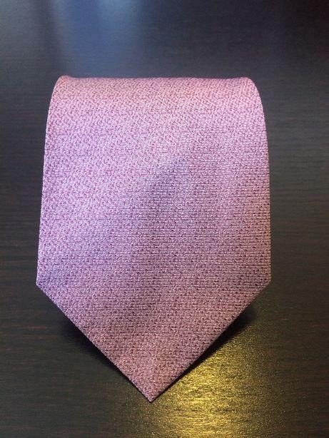 Łososiowy krawat Pierre Cardin (róż z delikatną fakturą)