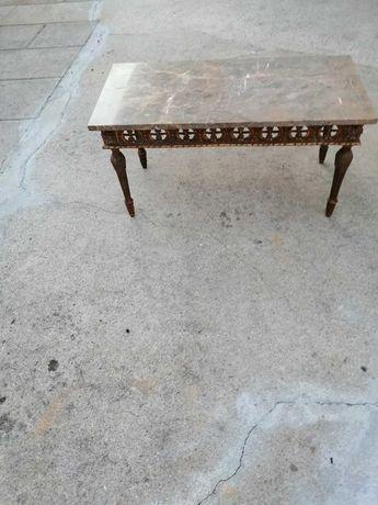 Mesa com pedra mármore