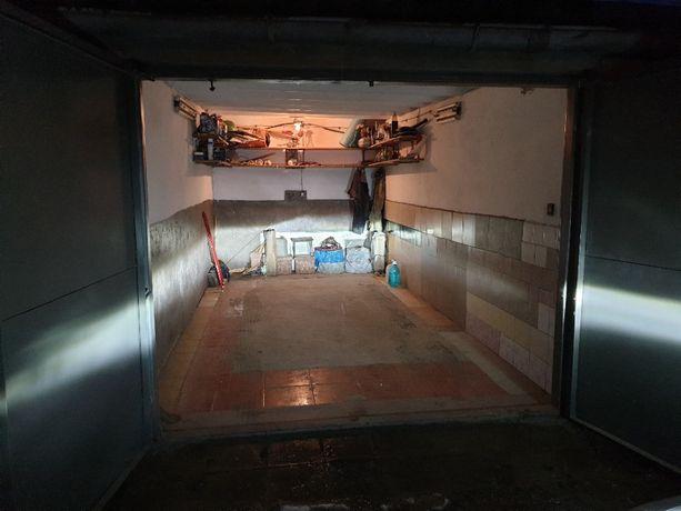 Garaż murowany do wynajęcia, Sanok, Sadowa