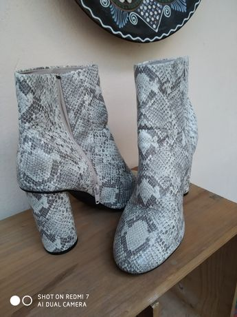 Шкіряні натуральні чобітки