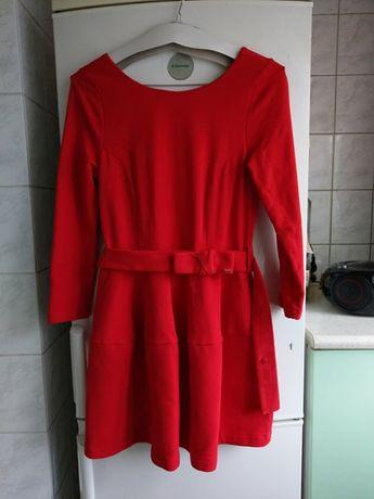 Sukienka czerwona M By o la la