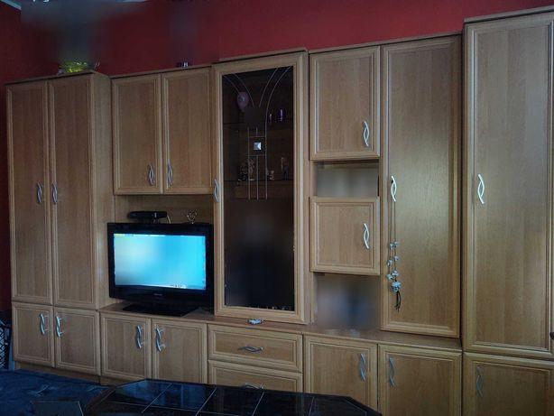 Meble drewno zestaw szafy półki witryna szkło podświetlana
