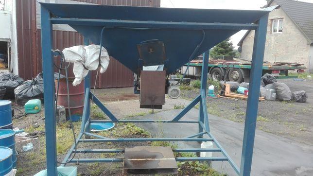 Workownica -kosz zasypowy do wegla i materiałów sypkich kory