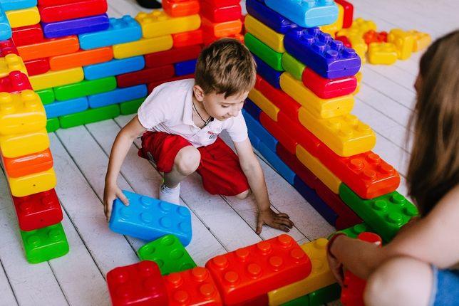 Игрушки для игровых комнат и лабиринтов конструктор Мега Куб