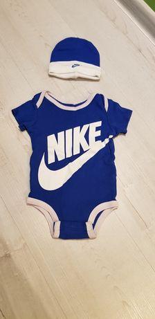 Sprzedam zestaw Nike Sportswear