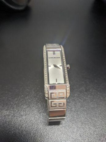 Часы Givenchy GV.5216L/15MD
