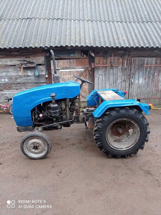 Трактор сінтайм 220 Коростень - изображение 1