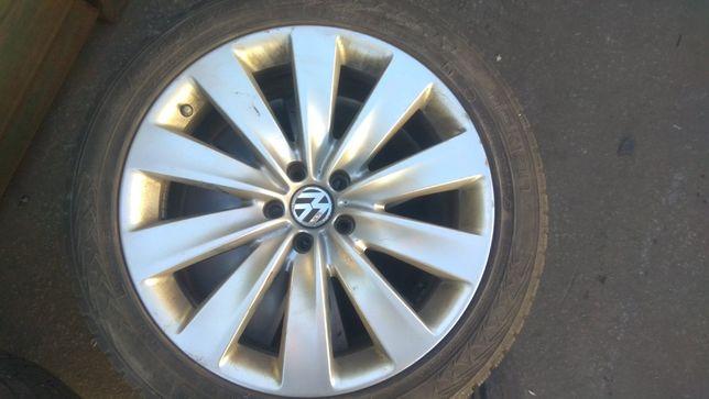 Комплект дисков Volkswagen + резина 3D0601025AP