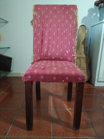6 cadeiras, em madeira maciça de castanho, para restaurar