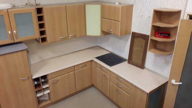 """Zestaw mebli kuchennych z ekspozycji """"Wiśnia mydełko"""" wym 220x310x210"""