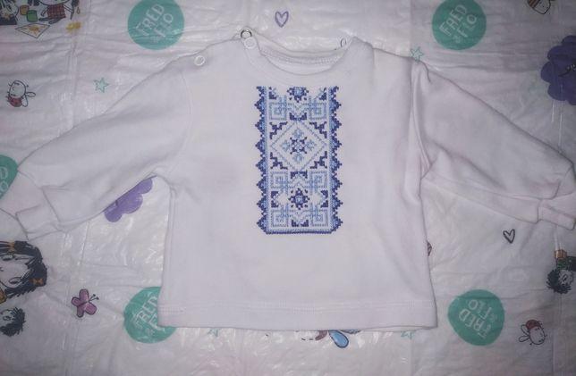 Сорочка з вишитою вставкою