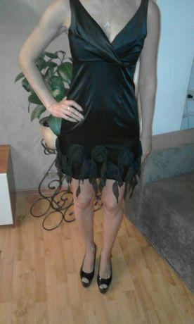 Новое платье бренда Guess
