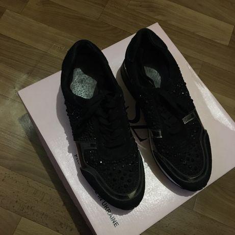 Женские ходовые кросовки Zara размер 38,5