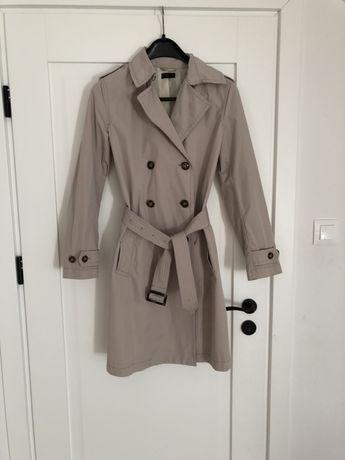 Beżowy trencz płaszcz prochowiec wiosenny benetton M