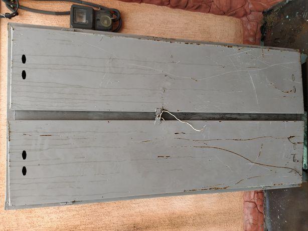 Сейф шкаф металлический высокий