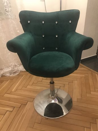 Fotel z kryształkami