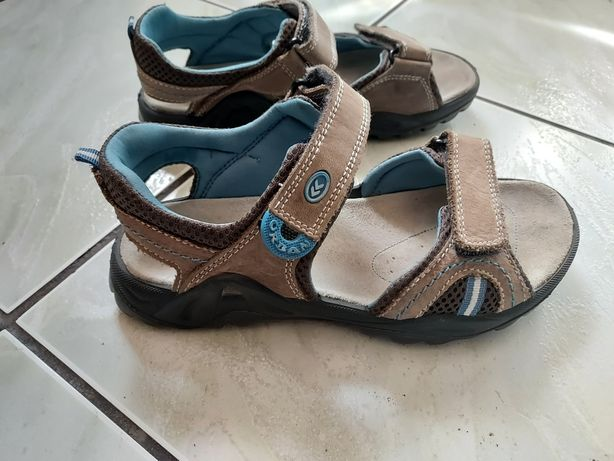 Sandały skórzane 37