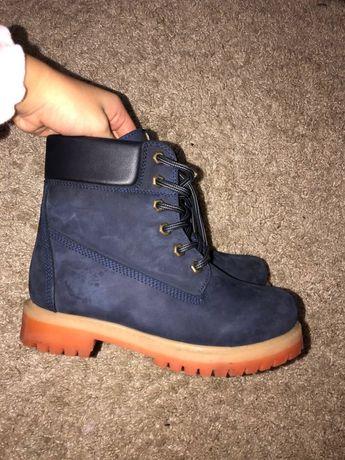 Зимние ботинки, замша с кожаными вставками, внутри тёплый мех