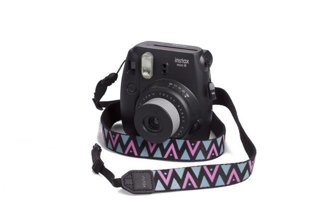 FujiFilm designerski pasek do aparatów Instax czarny w trójkąty