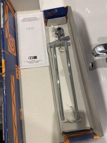 Продам новыйдержатель для полотенец Gessi Minix