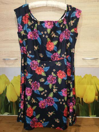 Świetna sukienka, motyw folk, New look, 48