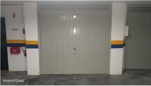 Garagem - Solum - Coimbra
