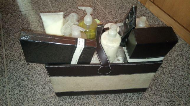 Mala produtos cosméticos