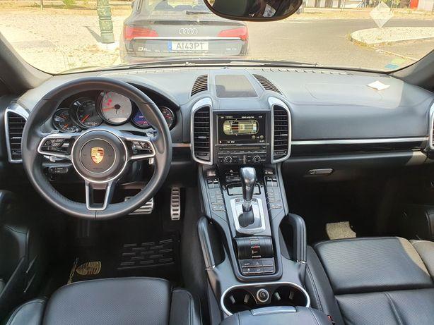Porsche Cayenne Híbrido a GPL