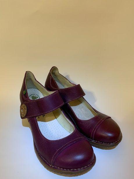 женские туфли испанского бренда El Naturalista