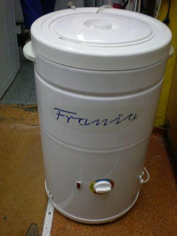 Pralka Frania z funkcją grzaniem wody