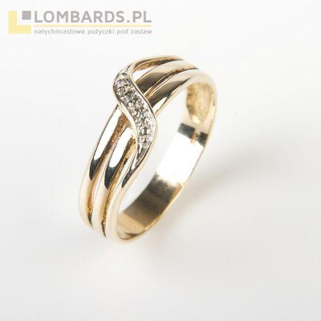 Złoty pierścionek pr.333! z diamentami(3szt) 0,015ct!!