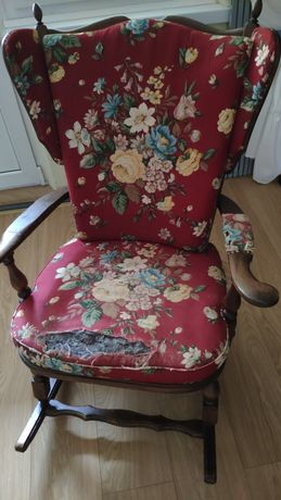Fotel bujany do renowacji drewniany