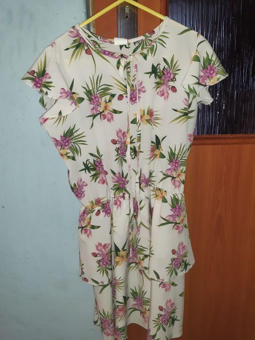 Sukienka w kwiaty 134 Jadwiniew - image 1
