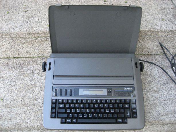 Máquina de escrever antiga elétrica