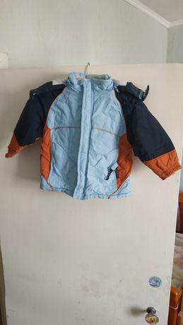 Детская весенне-осенняя куртка на рост 92