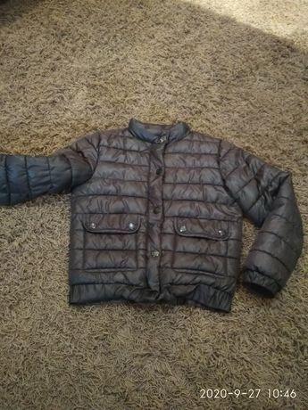 Куртка 5-6 лет в хорошем состоянии