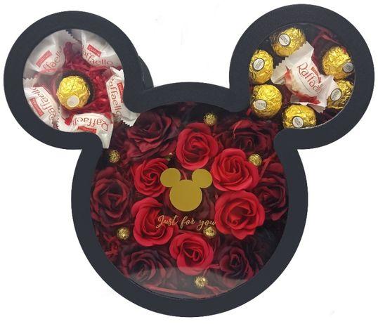 Walentynki  Dzień Kobiet prezent flowerbox flower box słodycze mydełka