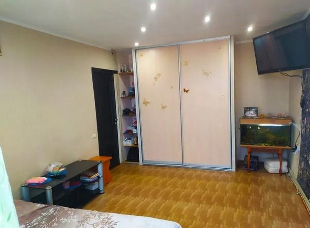 Продам 3 комнатную квартиру в п. Солоницевка