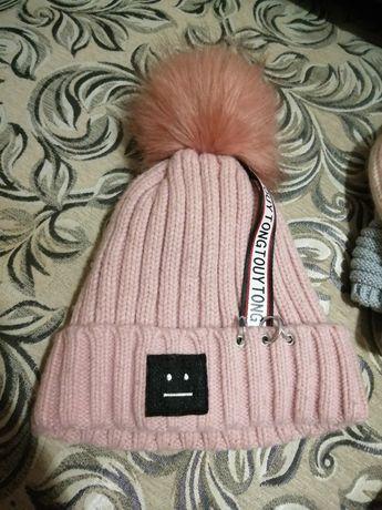 Шапочка на зиму, тёплая, розовая.