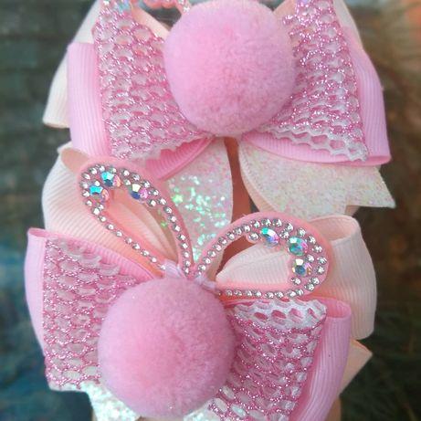 Нарядные нежно розовые бантики