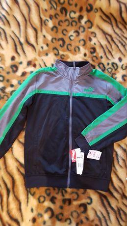 Спортивная куртка Puma. Размер s