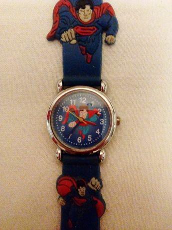 Часы детские продам