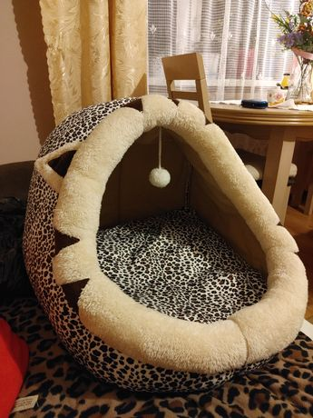 Duża budka dla kota lub psa Panterka