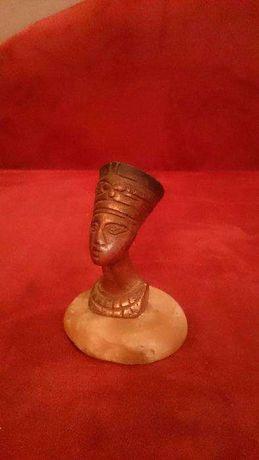 Старинная статуэтка Бюст Нефертити из Египта