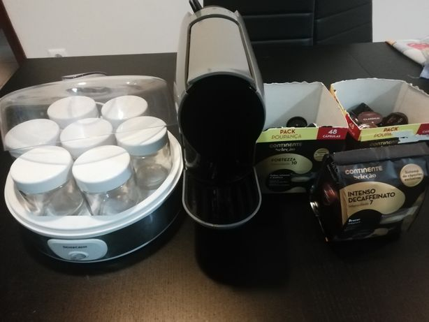 Vendo yogurteira e máquina de cafe