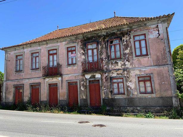 Casa centenária Caldas S. Jorge