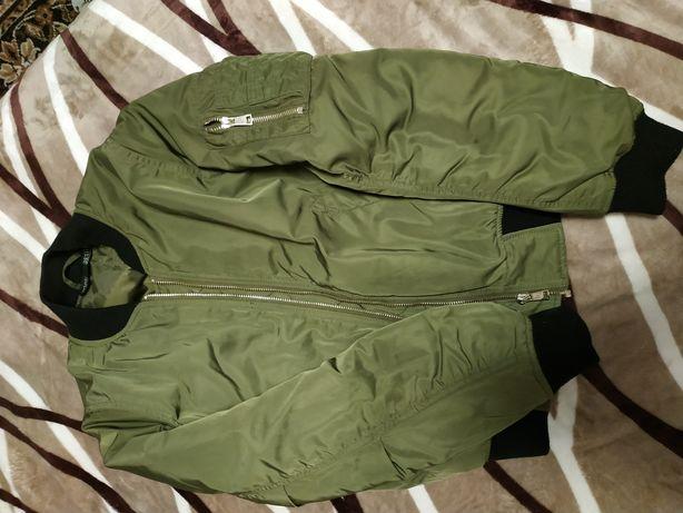 Курточка осінь женська. 42_44 розмер